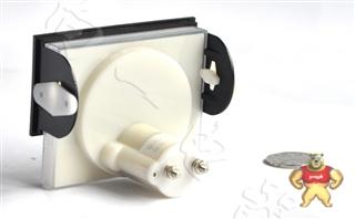 经济型69C17-V指针安装式圆形开孔90℃伏特测量仪表1kV/1mA