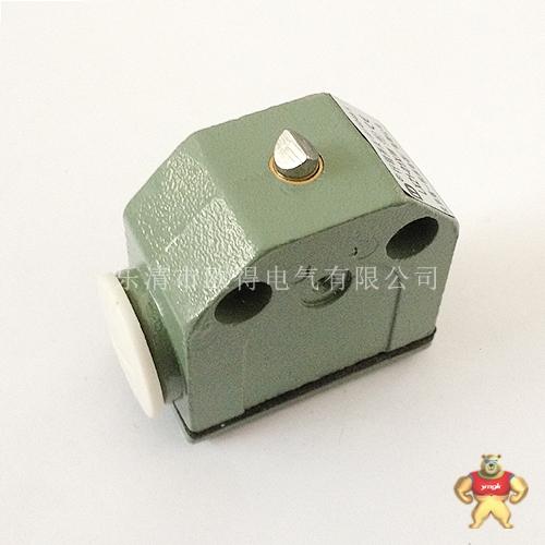 开关的推杆采用双重弹簧结构